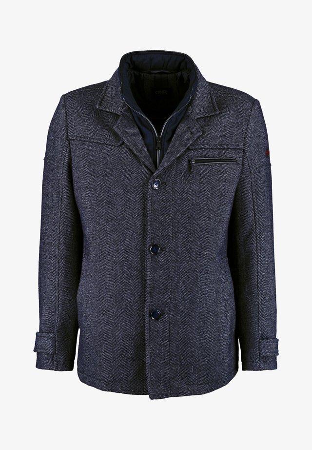 MIT DOPPELKRAGEN UND PRAKTISCHEN TASCHEN - Winter jacket - mottled dark blue