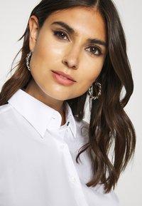 van Laack - MONICA - Button-down blouse - weiß/blau - 3