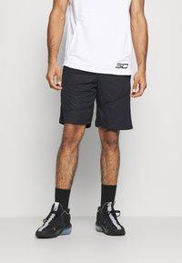 Under Armour - BASELINE SHORT - Pantalón corto de deporte - black - 0
