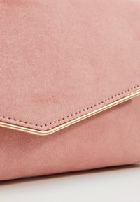Dorothy Perkins - BAR - Clutch - blush - 5
