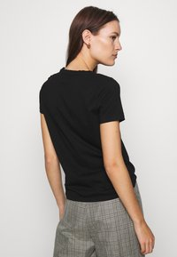 Banana Republic - NEW SUPIMA VEE - Basic T-shirt - black - 2