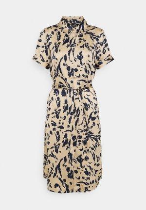 VMHAILEY DRESS - Shirt dress - hailey