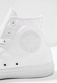 Converse - CHUCK TAYLOR ALL STAR HI - Sneakers high - white - 5