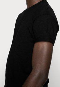 Topman - SKIN SLUB  - T-shirt - bas - black - 4