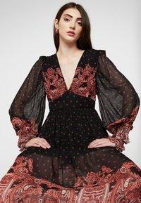 Thurley - DALLAS DRESS - Długa sukienka - black - 4