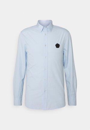 SHIRT WITH RUBBER SEAL - Shirt - light blue