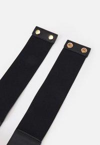 ONLY - ONLNORA RING BELT - Midjebelte - black/gold-coloured - 1