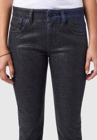 Diesel - D-LYLA - Slim fit jeans - black/dark grey - 3