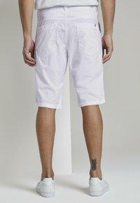 TOM TAILOR - Shorts - white - 2