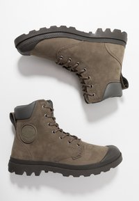 Palladium - PAMPA SPORT CUFF WATERPROOF LUX - Lace-up ankle boots - green - 1