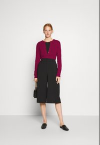 Benetton - Cardigan - burgandy - 1