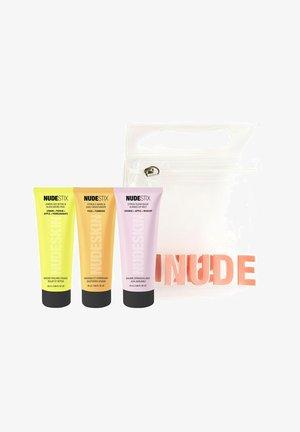 NUDESKIN 3-STEP: CITRUS RENEW SET - Skincare set - -