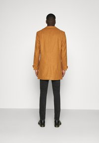 Nominal - OVERCOAT - Classic coat - tan - 2