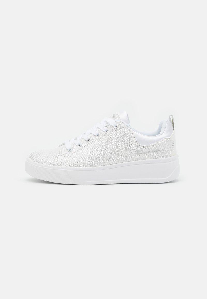 Champion - PARIS C - Sports shoes - white