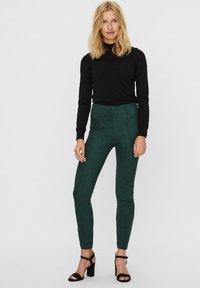 Vero Moda - Leggings - Trousers - pine grove - 1