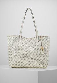 Lauren Ralph Lauren - COATED COLLINS - Bolso shopping - vanilla heritage - 0