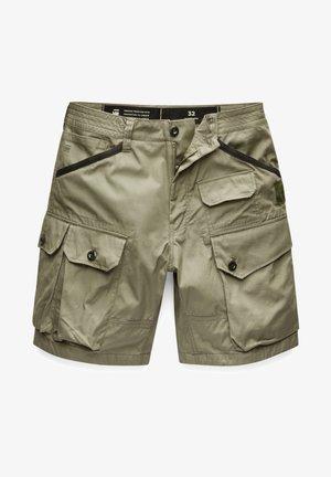 JUNGLE CARGO - Shorts - shamrock