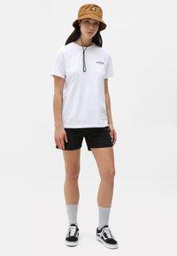 Dickies - Shorts - black - 1