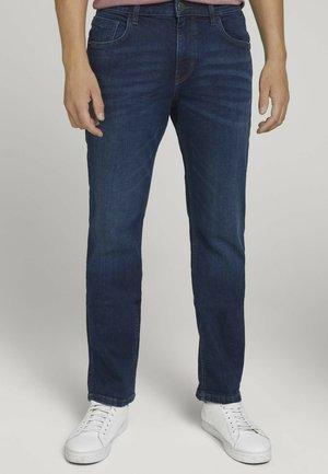 TAVIS REGULAR  - Straight leg jeans - stone wash denim