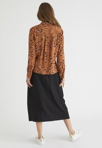 Oliver Bonas - Camisa - brown - 2