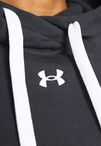 Under Armour - RIVAL HOODIE - Jersey con capucha - black - 5