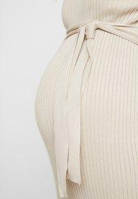 New Look Maternity - TIE WAIST DRESS - Gebreide jurk - cream - 5