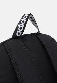 adidas Originals - ADICOLOR BACKPACK UNISEX - Ryggsekk - black/white - 3