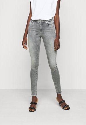 ONLBLUSH LIFE  - Jeans Skinny - grey denim