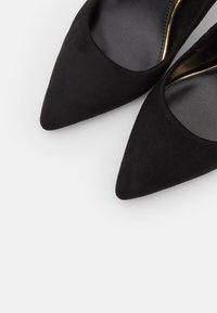Buffalo - FANNY - Classic heels - black - 5