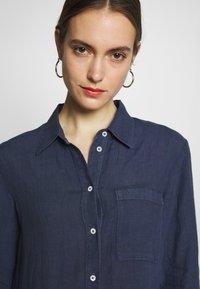 Marc O'Polo - DRESS TUNIQUE COLLAR WELT POCKETS SIDE SLITS - Shirt dress - dark blue - 3