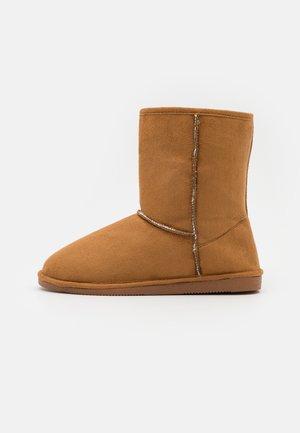 AHMET - Pantoffels - tan