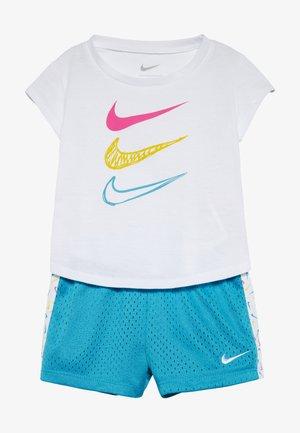 GIRLS SET BABY - Shorts - laser blue/white