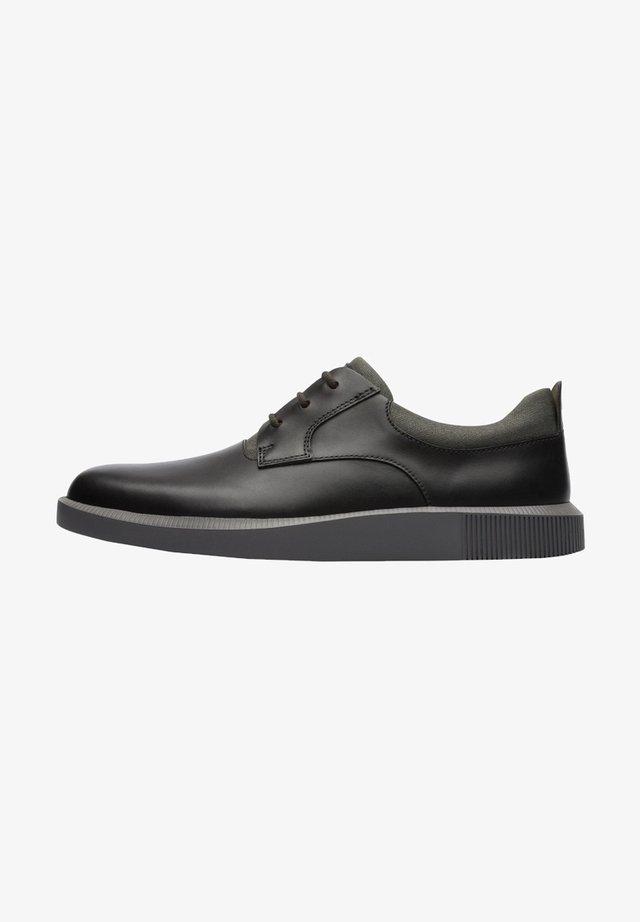 BILL  - Zapatos con cordones - schwarz
