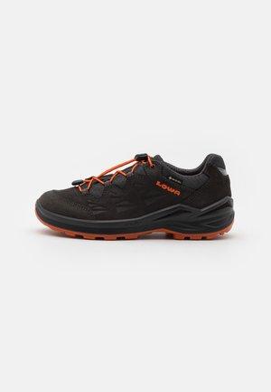 DIEGO II GTX UNISEX - Hiking shoes - graphit/orange
