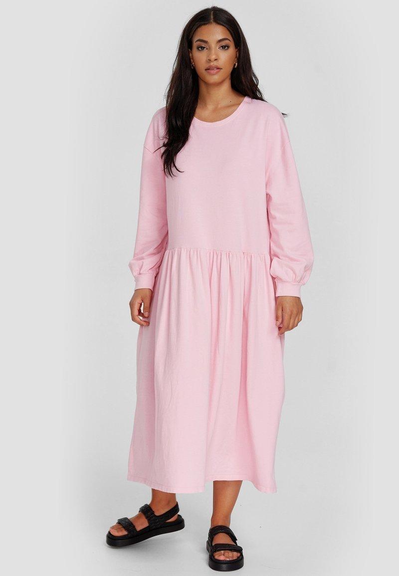 Cotton Candy - Maxi dress - pink