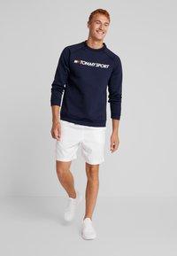 Tommy Sport - LOGO CREW NECK - Sweatshirt - sport navy - 1