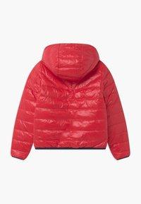BOSS Kidswear - REVERSIBLE PUFFER - Down jacket - red/blue navy - 1