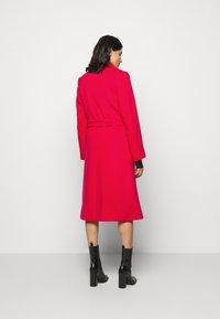 HUGO - MESUA - Zimní kabát - open pink - 2