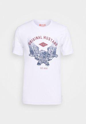 ALEX - T-shirt z nadrukiem - white
