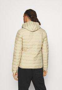 adidas Performance - VARILITE SOFT HOODED - Down jacket - savann - 2