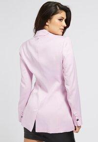 Guess - A$AP ROCKY - Short coat - rose - 2