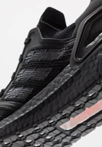adidas Performance - ULTRABOOST 20 PRIMEKNIT RUNNING SHOES - Neutrala löparskor - core black/solar red - 5