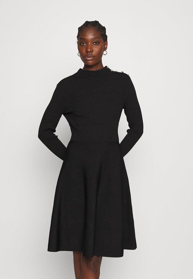 JOSEY - Gebreide jurk - black