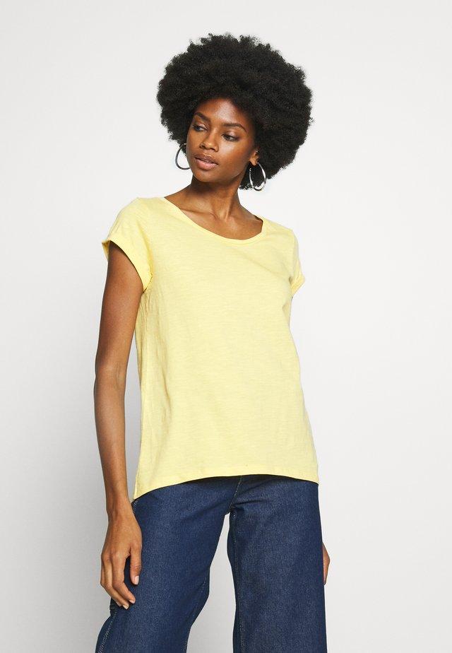 CORE - T-shirt basic - yellow
