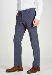 MDB IMPECCABLE - Trousers - dark blue - 3