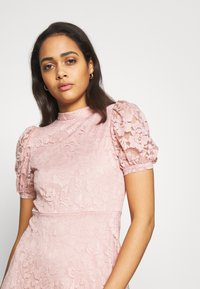 Vila - VILILJA PUFF SLEEVE LACE DRESS - Sukienka koktajlowa - pale mauve - 4