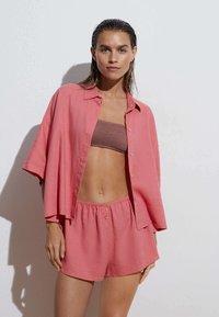 OYSHO - Shorts - pink - 0