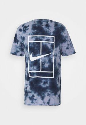 TEE HERITAGE DYE - T-shirt med print - indigo haze/obsidian