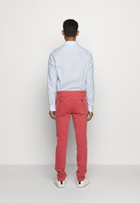 HKT by Hackett - DYE STRETCH - Chino kalhoty - red - 2