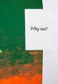 Jordan - WHY NOT TEE - Print T-shirt - white - 2